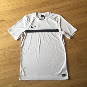 Nike dri-fit soccer/workout shirt. White size med